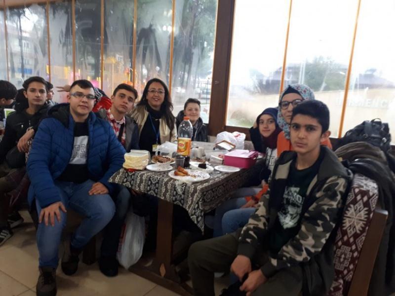 25/12/2018 Tarihinde İzmir Uzay Kampı Gezisini Öğretmen Ve Öğrencilerimizin Katılımı İle Gerçekleştirdik.
